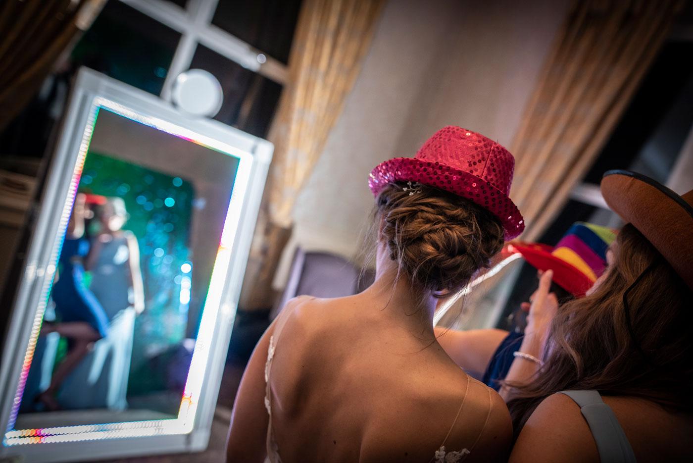 Mirror-Me_Wedding_Yvpf9E_24